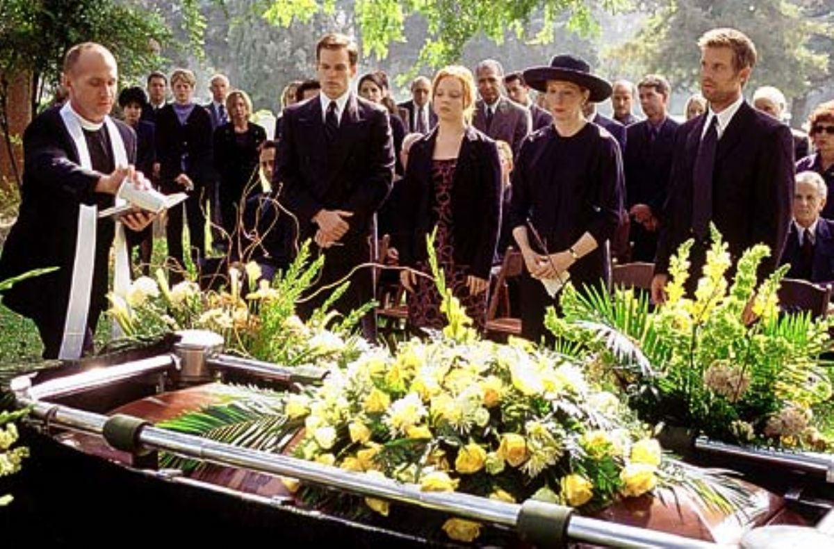 What dreams of the funeral of a loved one. What does it mean to see your own funeral in a dream 4